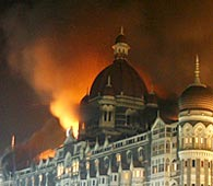 Taj Hotel in India burning