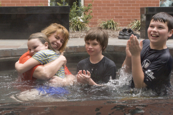 Icccbaptismapr200831_4